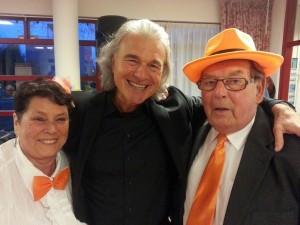 Samen met Marianne en Piet op de foto tijdens 40 jarige bruiloft in Haarlem.
